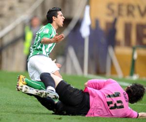 Betis: Pereira comienza a celebrar el primer gol que marcó al Rayo el domingo