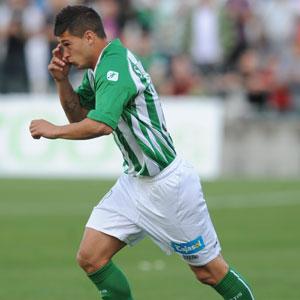 Betis: Sergio León, en el instante en que saltó al terreno de juego ante el Gerona