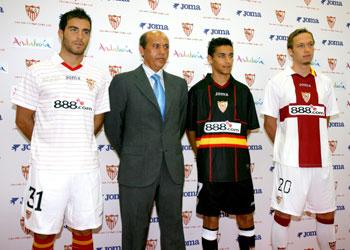 Sevilla FC  Camisetas del Sevilla para la Champions y Supercopa de Europa d2a15b890a5b1