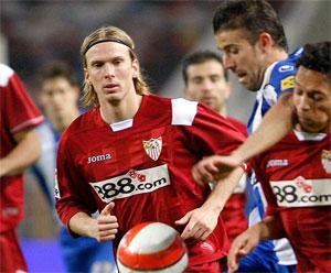 Sevilla FC: Poulsen seguirá