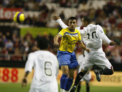 Sevilla FC: El Denia se pone por delante
