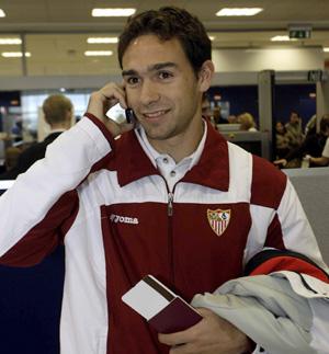 Sevilla FC: Lolo renueva hasta 2010 con el Sevilla