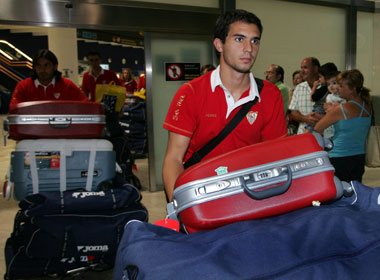 Sevilla. Armenteros vuelve al Sevilla tras completar un año de cesión en el Rayo