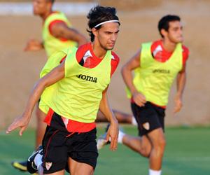 Sevilla FC: David Prieto en un entrenamiento con el Sevilla