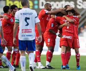 Celebración de uno de los goles del Tenerife-Sevilla