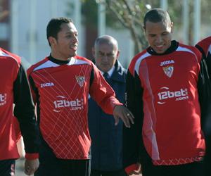 Luis Fabiano se alegró por su amigo Adriano