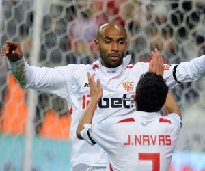Sevilla FC: Kanouté y Navas, los artífices de la jugada que dio con el gol en El Molinón hace dos años