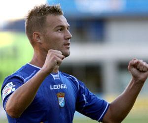 Antoñito celebra un gol con el Xerez