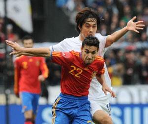 Sevilla FC: Navas se marcha por fuerza de un rival surcoreano (AFP)