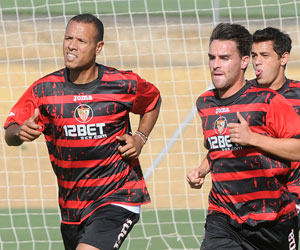 Luis Fabiano fue el goleador del partido