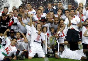 Sevilla FC: Una de las imágenes que dejó la celebración en el Camp Nou