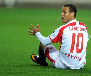Sevilla: Luis Fabiano se lesionó el 6 de marzo de 2011