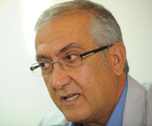 Sevilla: Manzano se mostró contrariado