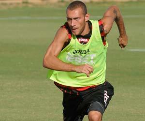 Sevilla FC: Guarente en la sesión de trabajo de ayer en la ciudad deportiva