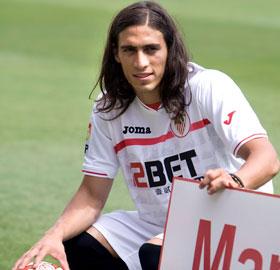 Cáceres ya es jugador del Sevilla