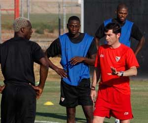 Sevilla FC: Marcelino, durante un entrenamiento