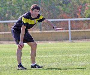 Sevilla: Marcelino da instrucciones en un entrenamiento