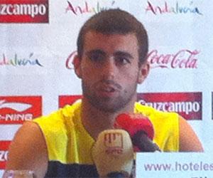 Sevilla FC: Rodri atiende a los medios en Costa Ballena