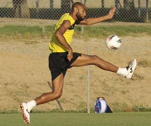 Sevilla: Kanouté le ha marcado nueve goles al Athletic