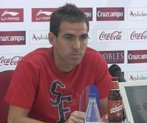Fernando Navarro valoró el triunfo liguero ante el Málaga