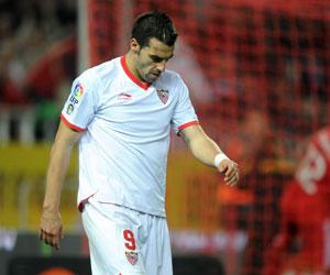 Negredo, autocrítico con el rendimiento del Sevilla