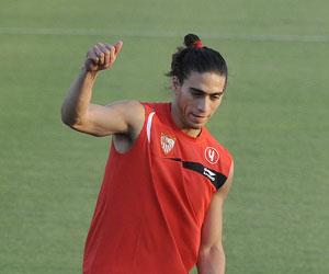 Sevilla: Cáceres no pudo terminar el entrenamiento