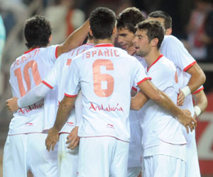 Jugadores sevillistas celebran un gol esta temporada