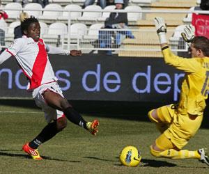 Sevilla FC: El Sevilla cayó derrotado en Vallecas en la primera vuelta