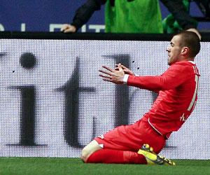 Luna celebra su gol ante el Málaga