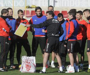 Sevilla FC: Los defensas del Sevilla 'solo' han encajado 31 goles