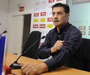 Sevilla FC: Míchel, antes de una rueda de prensa reciente