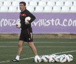 Sevilla: Míchel se ha enfrentado en cuatro ocasiones al Sporting como técnico