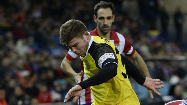 Alberto Moreno, en un lance del Atlético-Sevilla del domingo