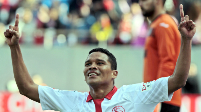 Bacca espera marcar al Valencia