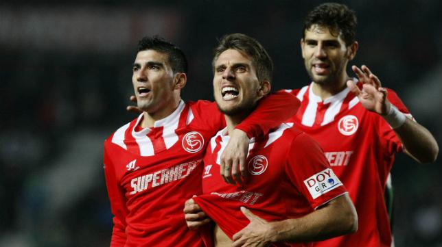 Carriço celebra el gol ante el Elche