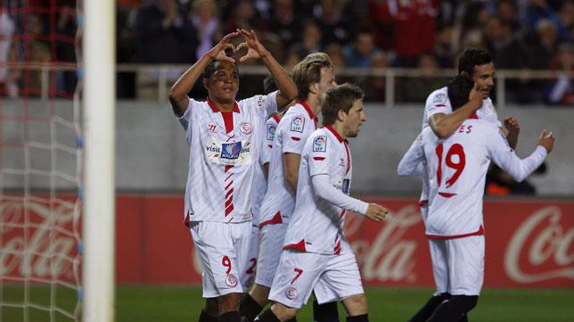 Bacca celebra el gol ante el Madrid