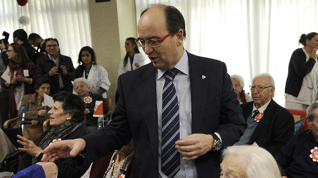José Castro, en la Residencia de Mayores Claret