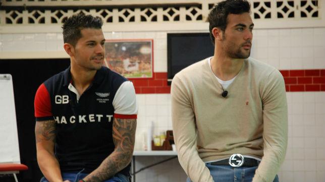 Vitolo e Iborra, en el vestuario del Sánchez-Pizjuán