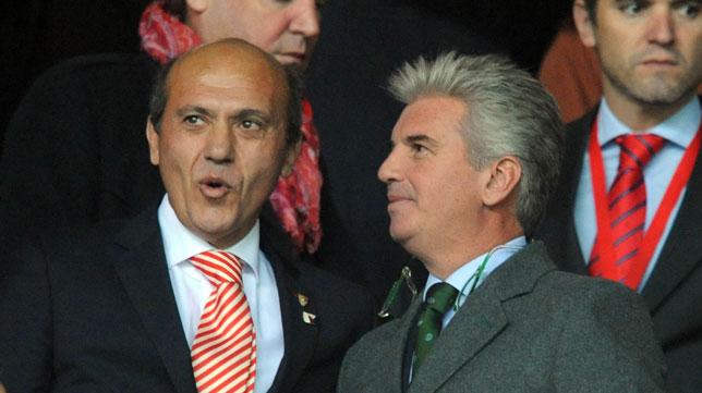José María del Nido y Miguel Guillén charlan antes del derbi de noviembre