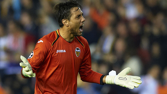 Diego Alves, en un partido con el Valencia