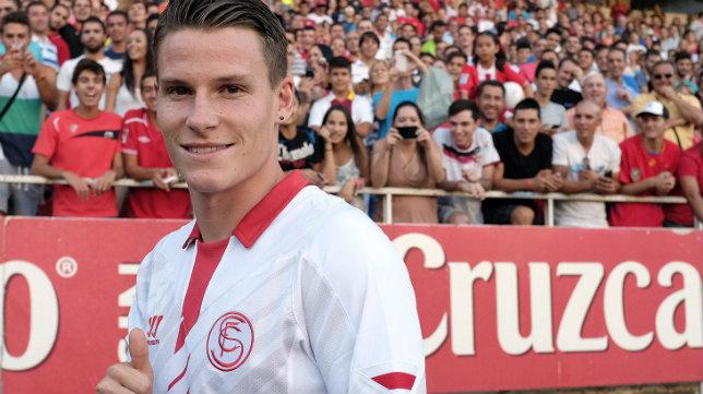 Kevin Gameiro, el día de su presentación con el Sevilla FC