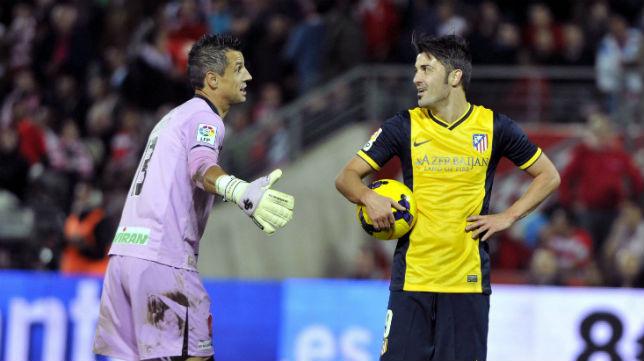 Roberto, del Granada, en un partido con el Atlético