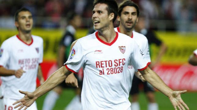 Del Moral marcó primero en la derrota ante el Granada en 2011 (1-2)