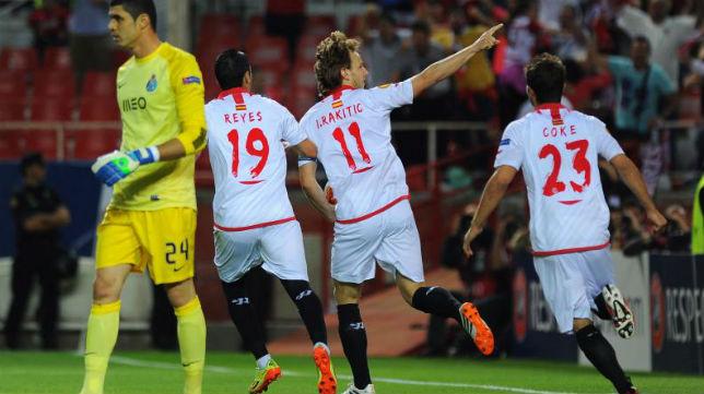 Rakitic, celebrando un gol
