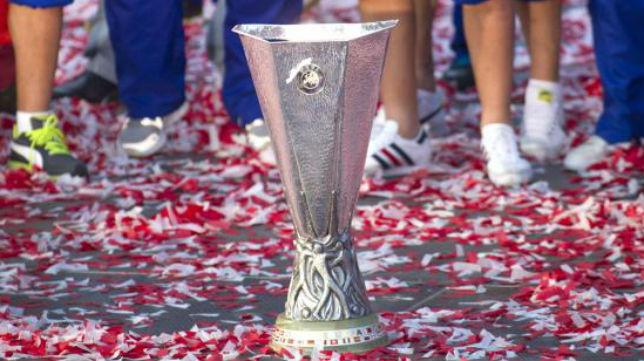 El trofeo de la Liga Europa