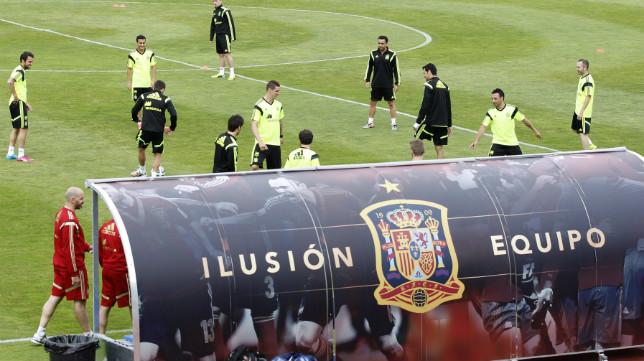 La selección, el día antes de jugar contra Bolivia en el Sánchez-Pizjuán
