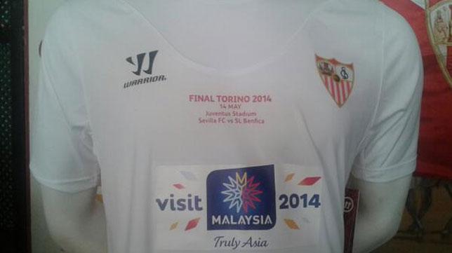 Imagen frontal de la camiseta que el Sevilla FC lucirá en Turín
