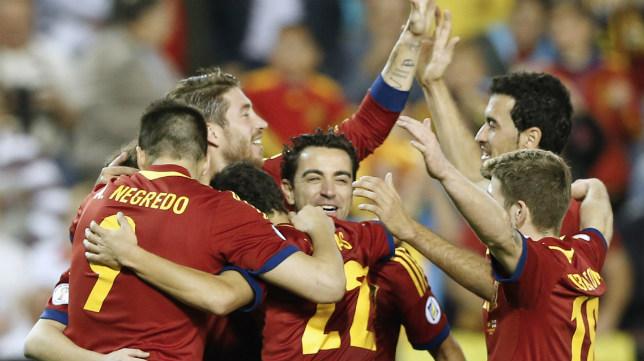 Los jugadores de España celebran un gol ante Georgia