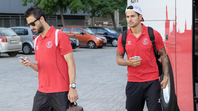 Nico Pareja y Vitolo, antes de partir a la mini concentración de Marbella