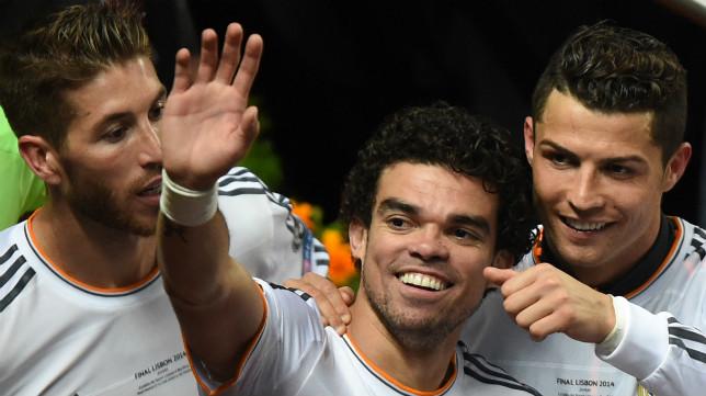 Ramos, Pepe y Cristiano celebran el título de la Champions en Lisboa